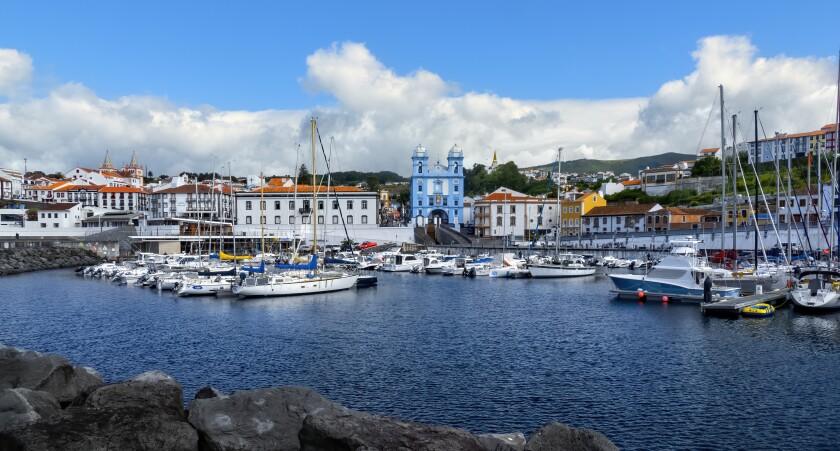 Marina de Angra do Heroísmo, Pátio da Alfândega e Igreja da misericórdia de Angra do Heroísmo, Ilha Terceira, Açores