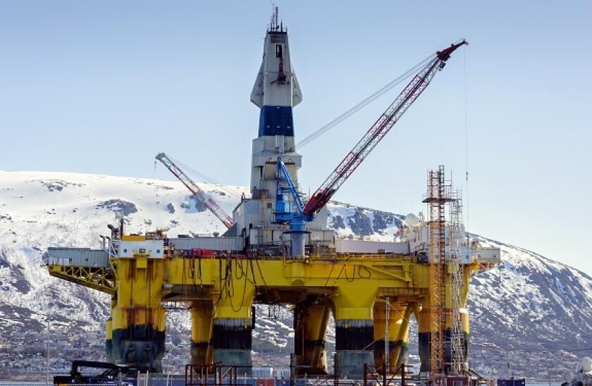 Norway_oil_platform_adobe_575x375.jpg