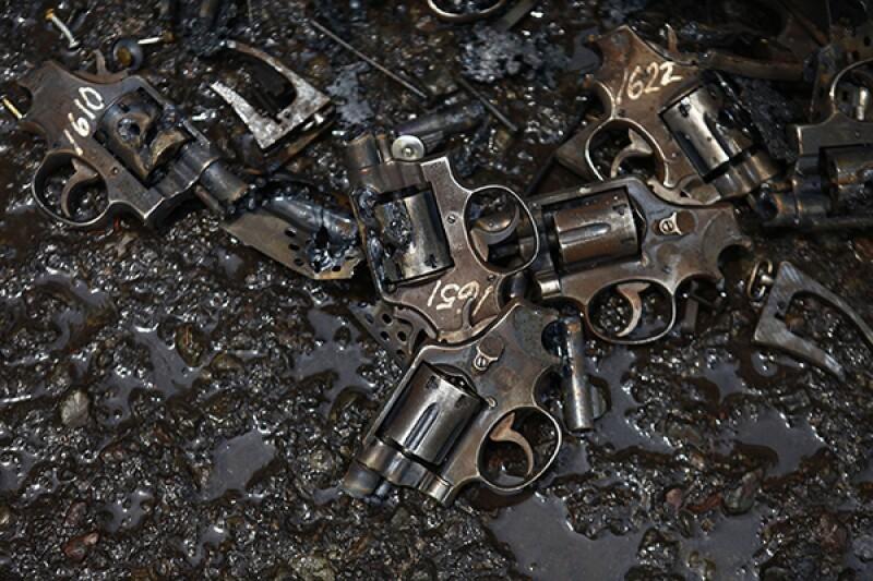 guns dismantled-R-600