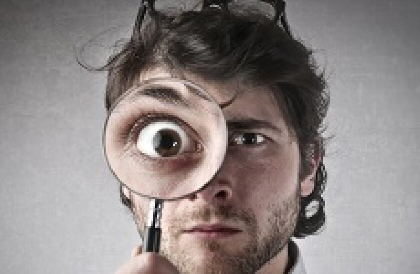 Magnifying glass man_230px