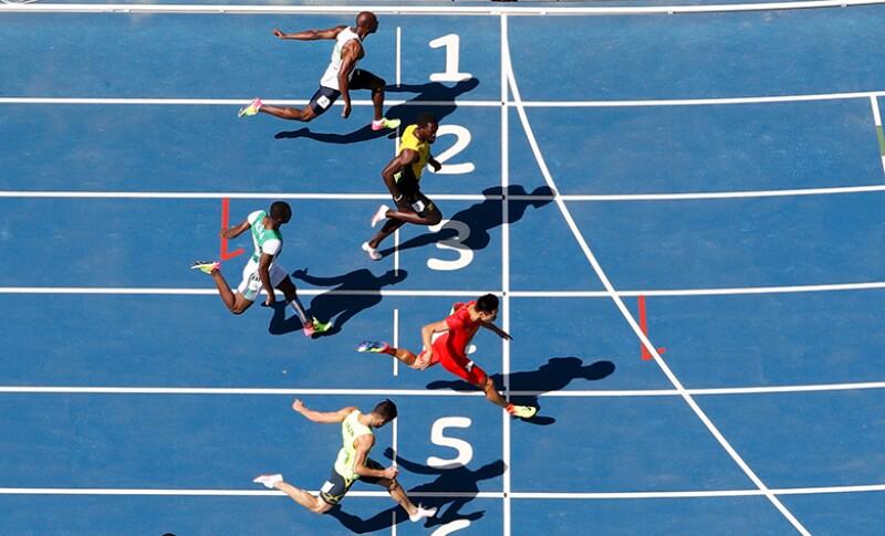 race-finish-line-run-R-780