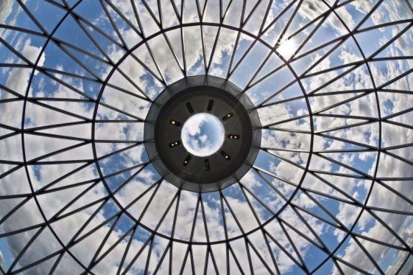 Glass_Ceiling_8Mar21_Alamy_575