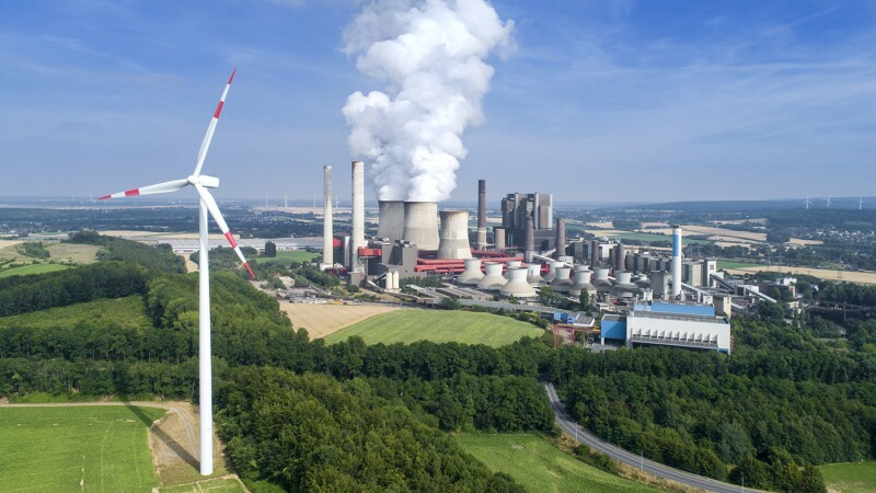 Wind turbine and coal power station