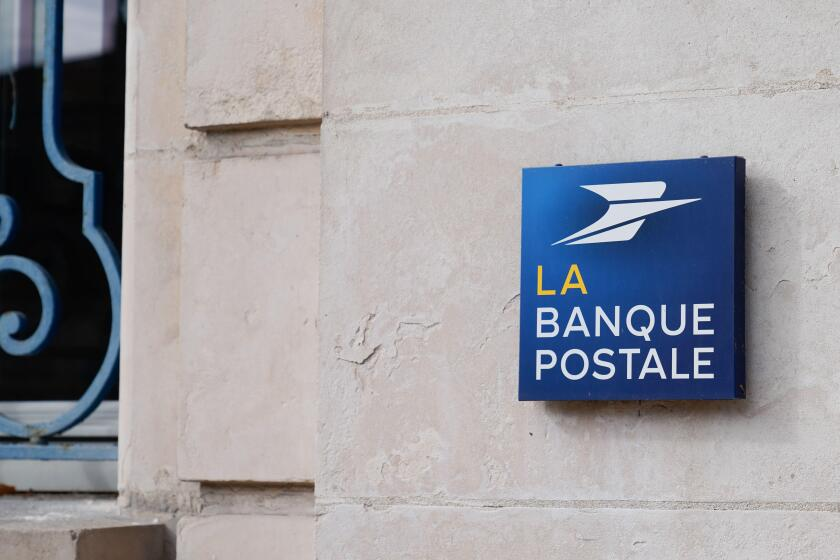 Bordeaux , Aquitaine / France - 10 10 2020 : La Banque Postale text sign agency and office of French bank post