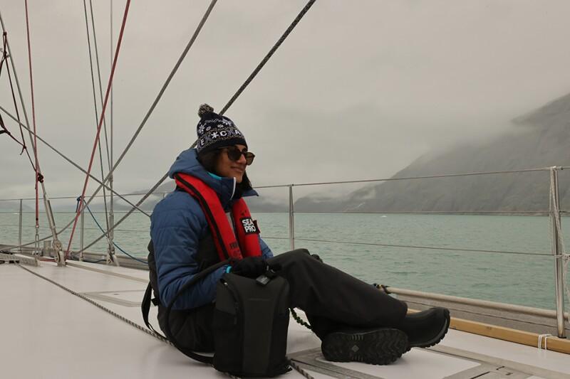 Arctic-Sarisher_Mann_Umiaq_Sailing-960.jpg