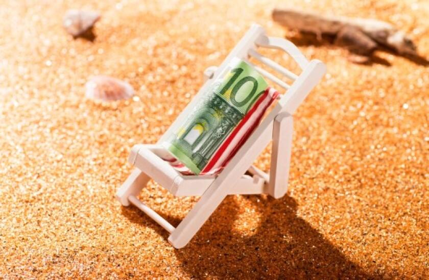 Sunbathing euro note Alamy 575x375 24Jun21