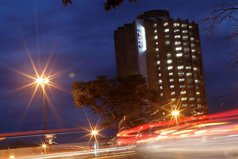 Caixa-Economica-HQ-Reuters-960.jpg