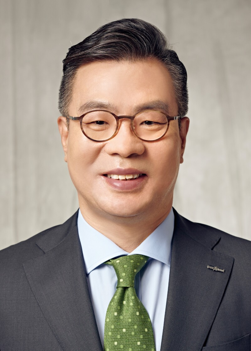 Jung Il-moon, Korea Investment & Securities.jpg