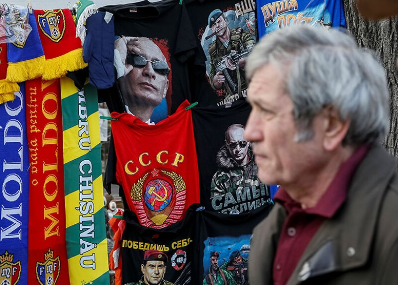 Moldova-Russia-Putin-merchandise-R-780.jpg