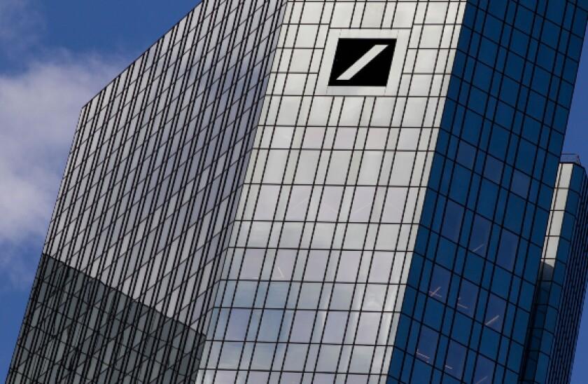 alamy deutsche bank 2021-04-28 575x375