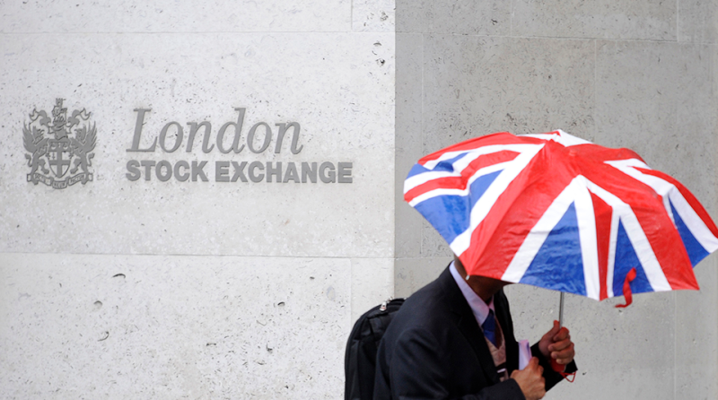 London-Stock-Exchange-umbrellaUK-flag-Reuters-960x535.png