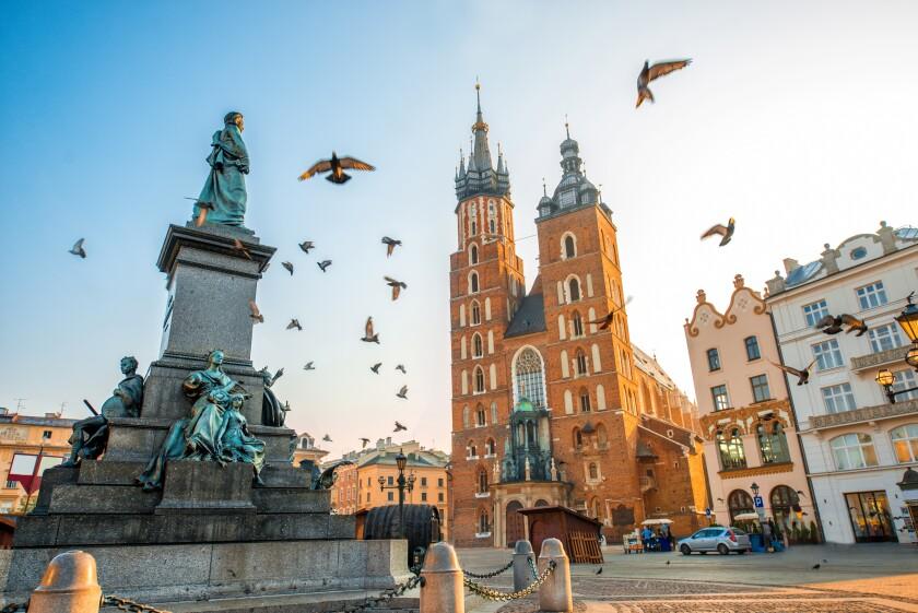 Poland_575px_adobe_11Oct21
