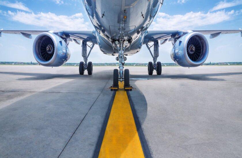 Airplane_Adobe_27May_575