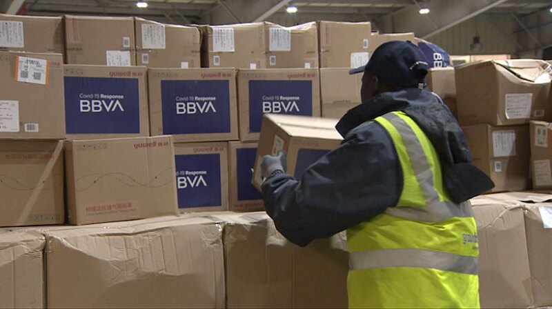 BBVA-coronavirus-masks-boxes-780.jpg