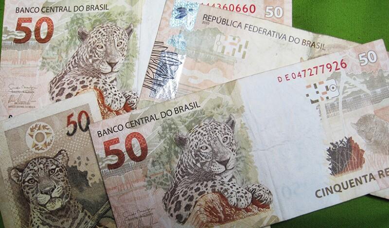 brazilian-banknotes-780