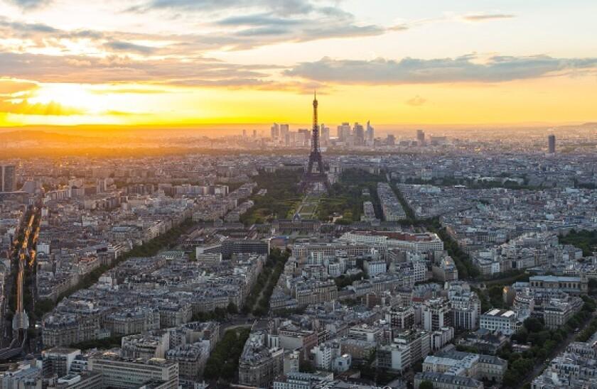 Paris_city_skyline_alamy_575x375_June15.jpg
