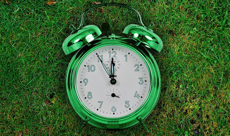 green-clock-time-780.jpg