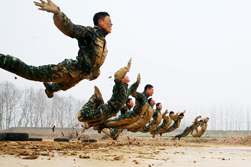 China skids military-R-600