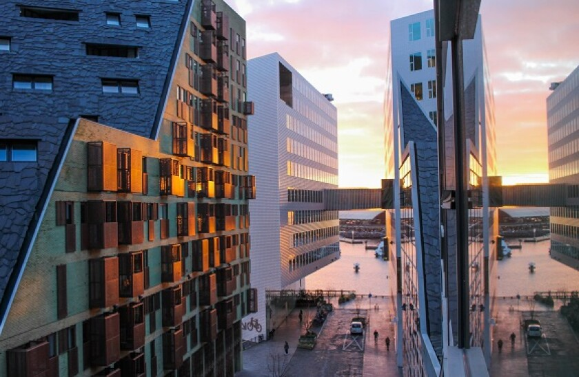 Amsterdam_offices_AdobeStock_575x373_20Feb20