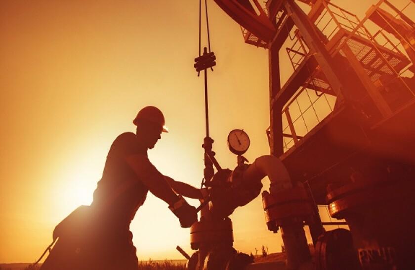 AdobeStock_oil_worker_575x375_13July2020