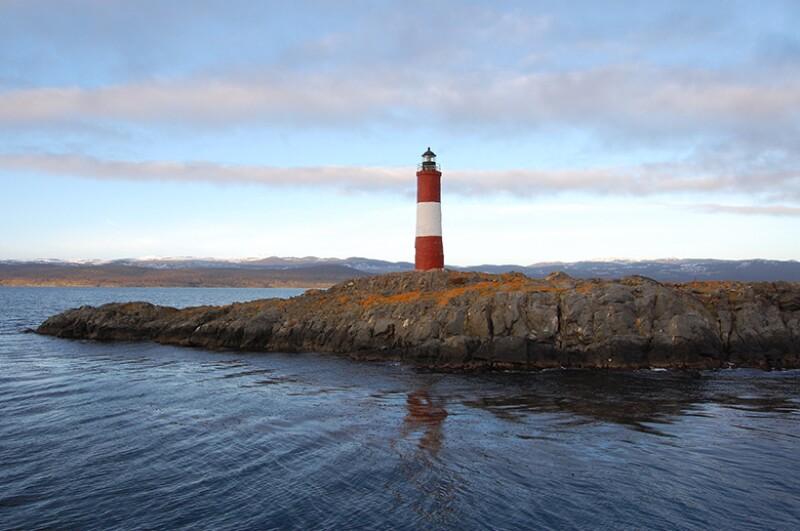 ushuaia lighthouse 780
