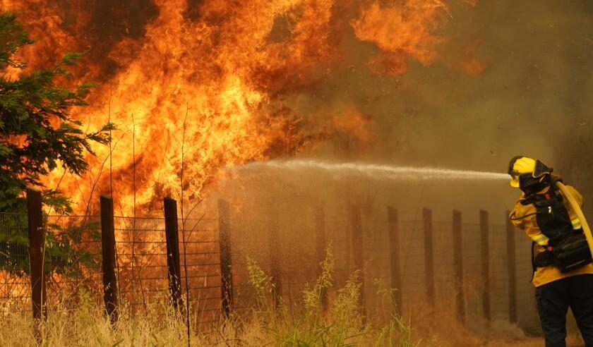 California Wildfires 2020: LNU Lightning Complex Fire