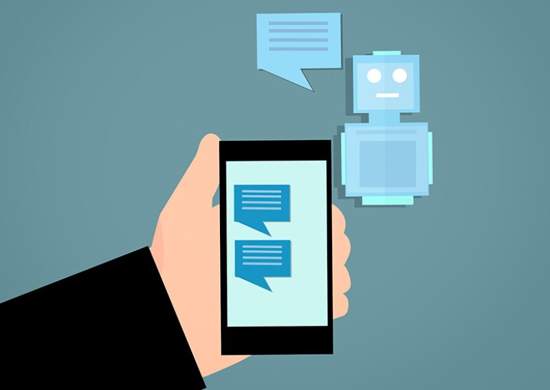 phone-robot-780