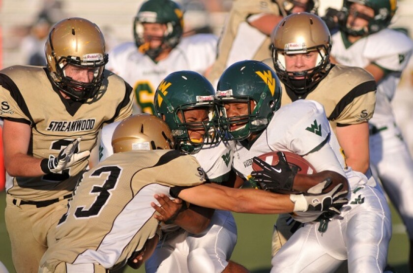 American football aggressive from Alamy 9Sep21 575x375