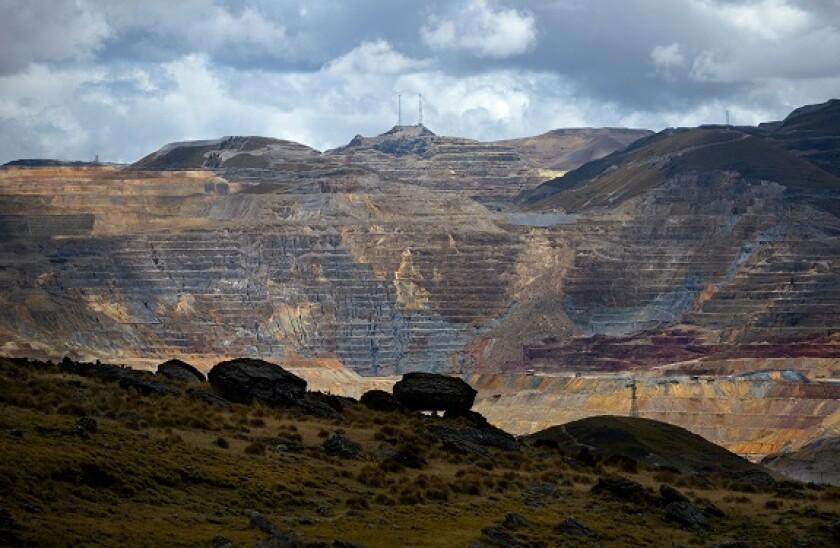 Alamy_mining_Peru_575x375_01June2021