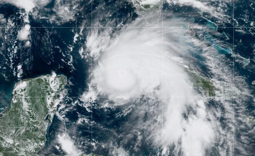 Hurricane Ida satellite 27 Aug NOAA.jpg