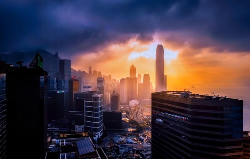 hong-kong-dawn-dusk-780