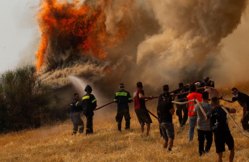 alamy 2021-08-10 greece fires.jpg