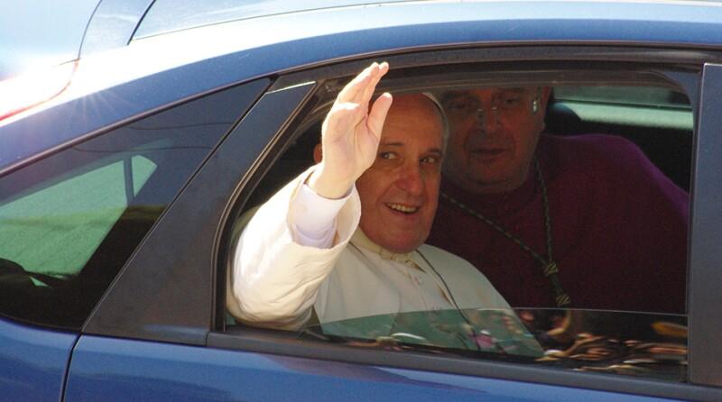 Pope-car-960.jpg