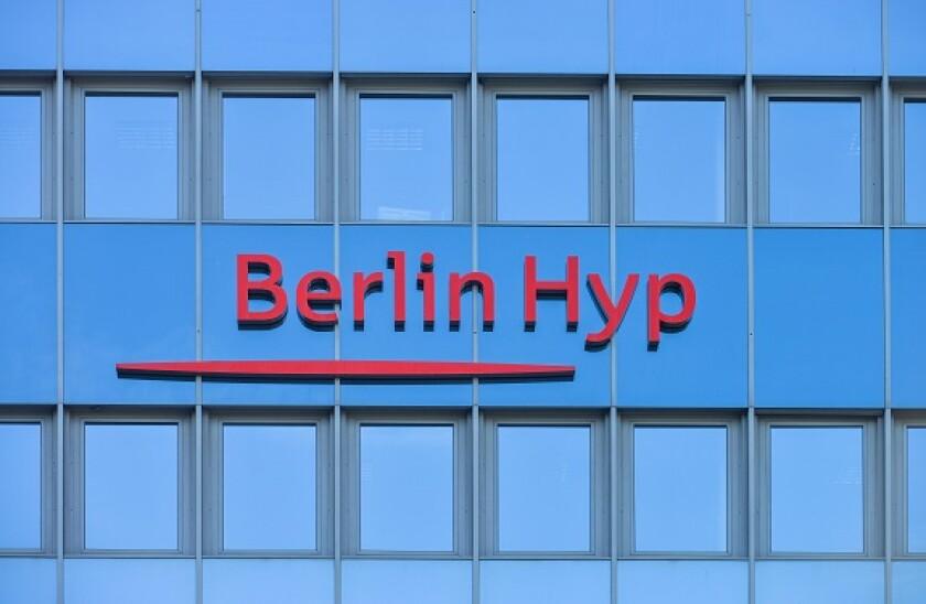 Berlin_Hyp_Alamy_575x375_130421