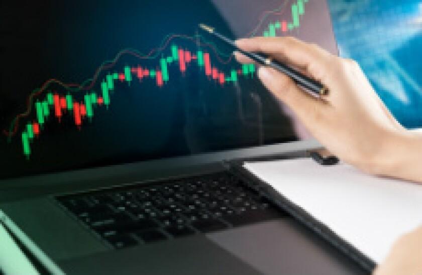 Computer trading fotolia