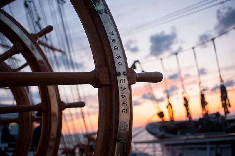 ship-helm-780