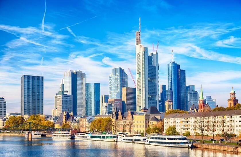 Frankfurt_skyline_adobe_575x375_Sep17