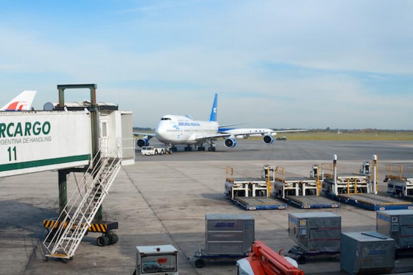 Aerolineas Argentinas, Ezeiza, Adobe, Argentina, AA2000, Aeropuertos Argentina, LatAm, 575