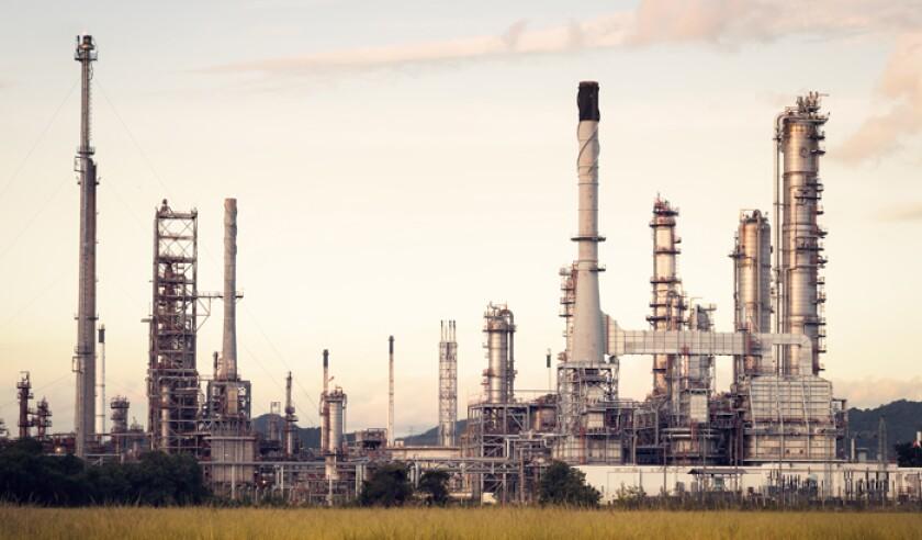 oil-refinery-istock-618756142.jpg