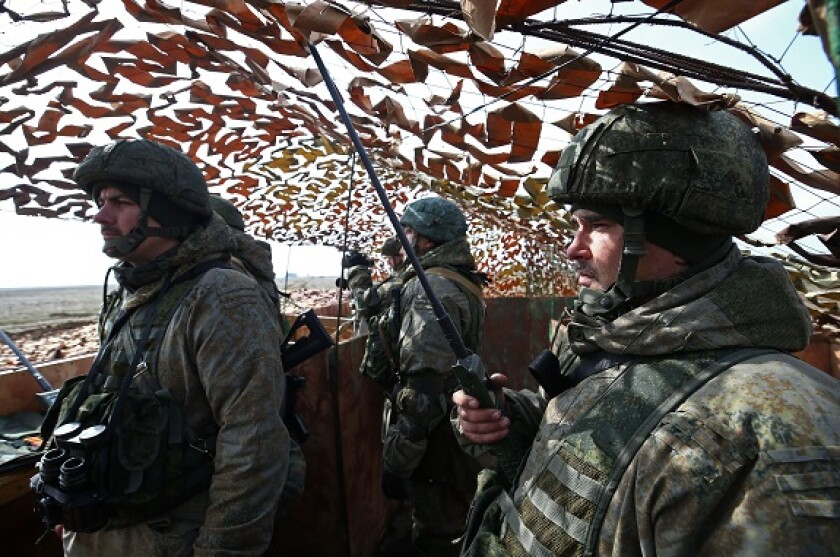 Alamy_Russian_troops_575x375_13April2021