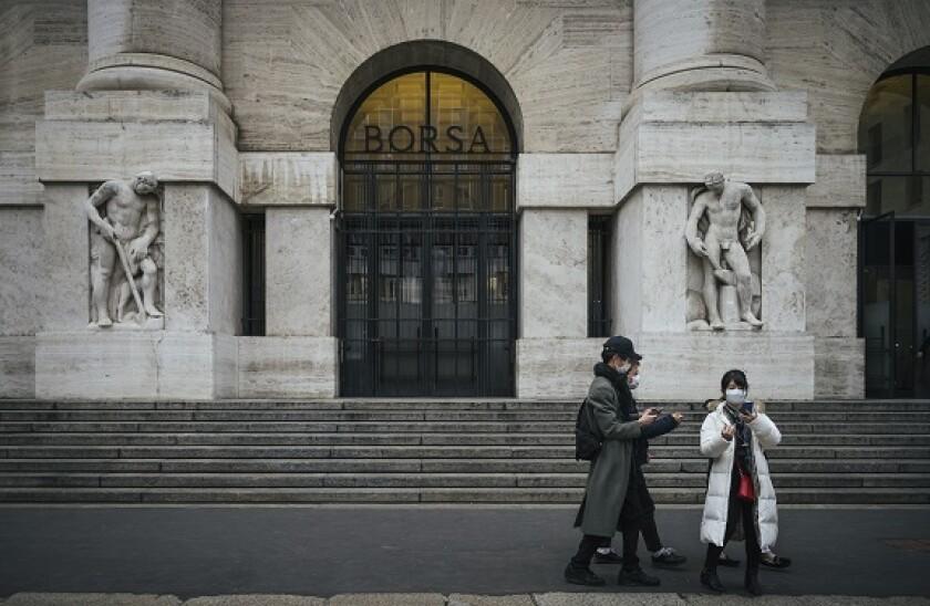 Milan_Stock_Exchange_2_PA_575_375
