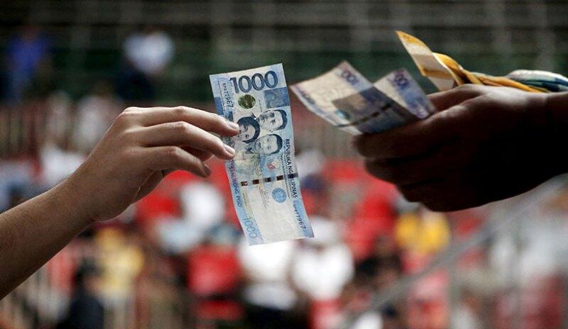 Philippines-peso-notes-R-780.jpg