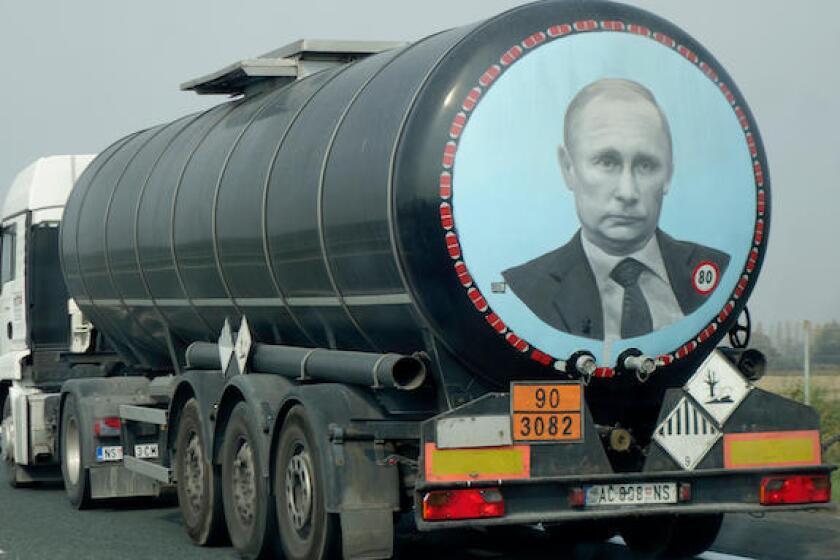Vladimir Putin, Russia, Croatia, gas, tank, truck, 575, Alamy