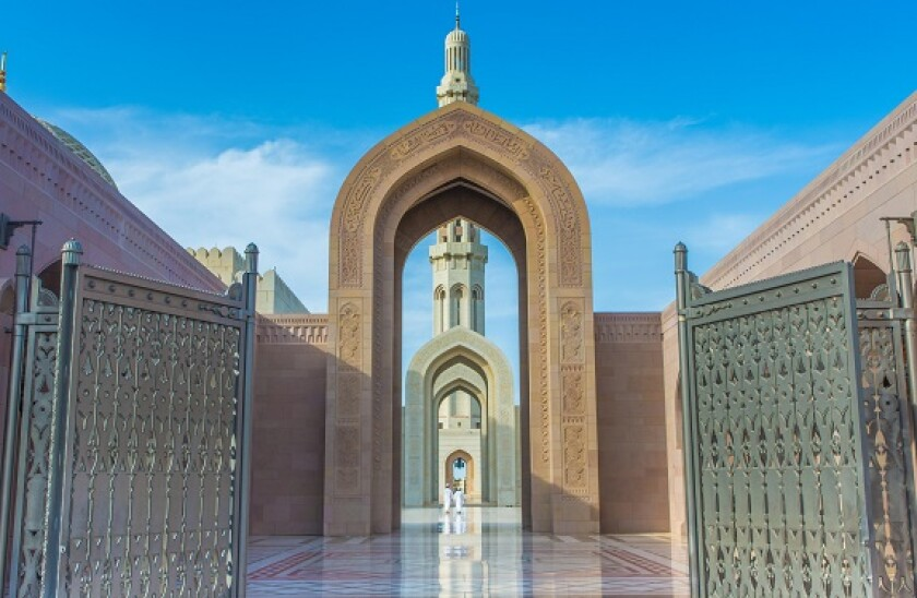 Alamy_Oman_mosque_575x375_08June2021