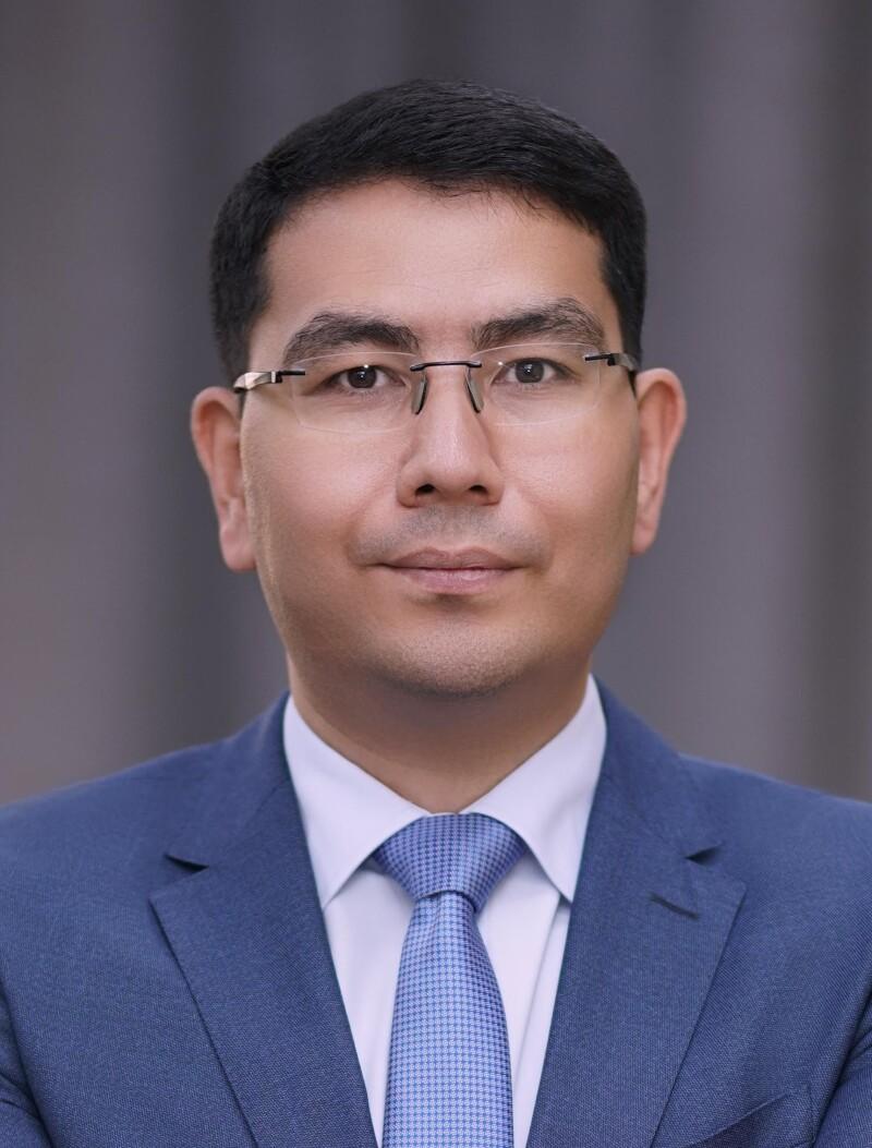 Talgat Ayupov, Tenge Bank.jpg
