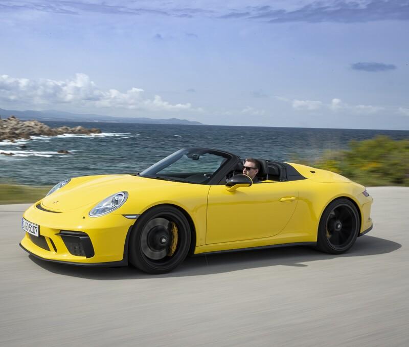 04_911 - Porsche_Web-crop.jpg