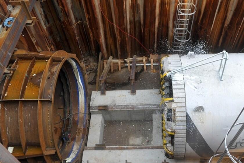 Gasunie boring machine 2009 pipeline from Alamy 4Oct21 575x375