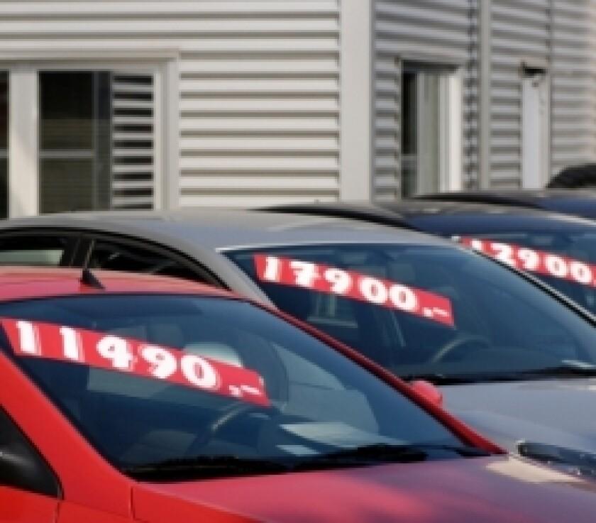 used-car-sales-istock-small.jpg