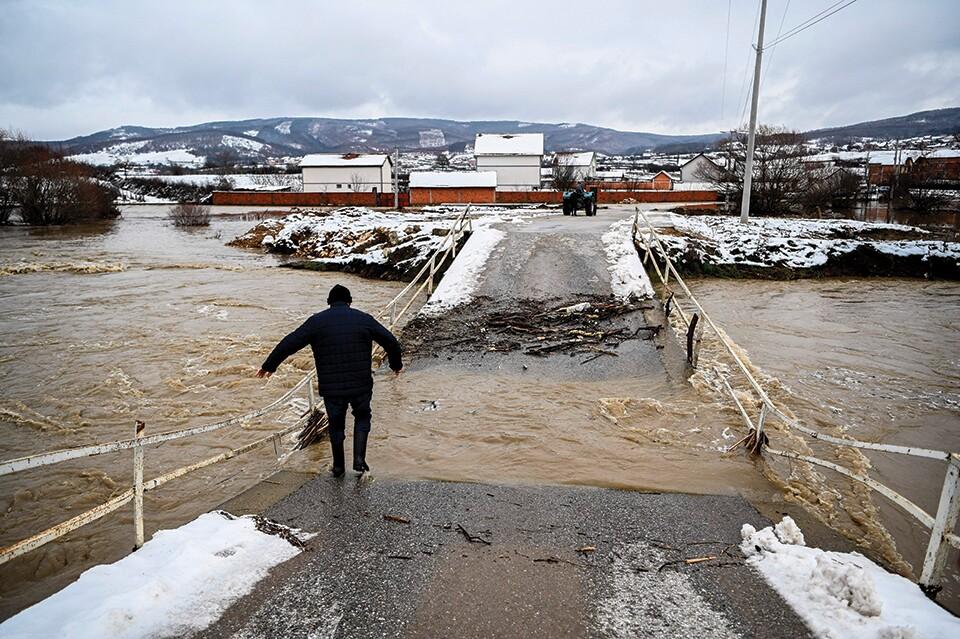 bridge-collapse-CEE_Getty-960.jpg