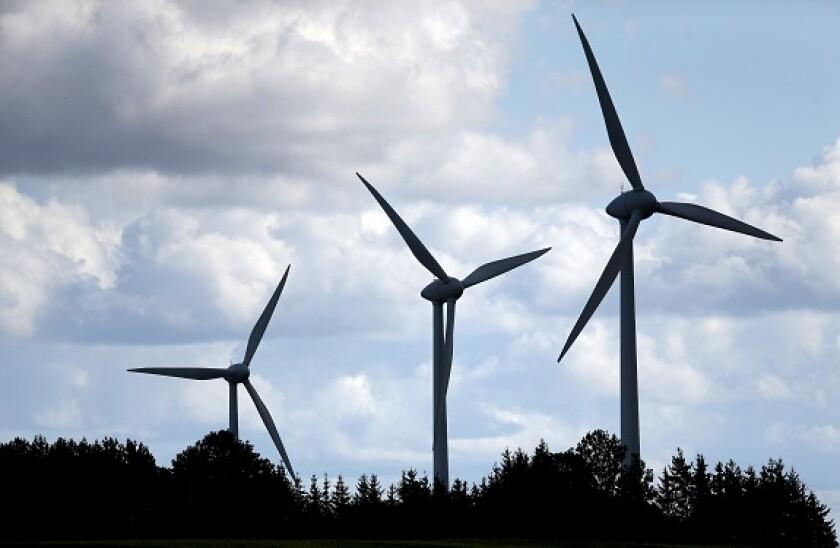 Wind_farm_lithuania_adobe_575x375_21Sep